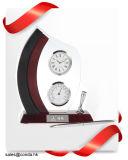 ペンのホールダー、温度計または湿度計が付いている置時計