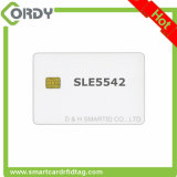 De witte lege SLE4442 chipkaarten met 2 volgen magnetische streep