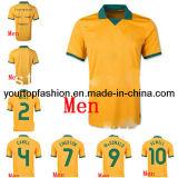 オーストラリアジャージー2014のオーストラリアのサッカーの均一フットボールのワイシャツのオーストラリアのホームサッカー均一卸し売りメンズオーストラリアのサッカーキットの黄色のフットボールのユニフォーム