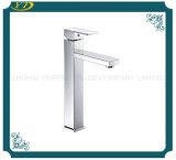 Type de levage robinet en laiton de salle de bains de corps monté par paquet simple de traitement