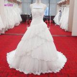 Платье венчания Multi-Слоев фантазии с без бретелек и отбортовывая лифом
