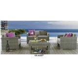 Muebles revestidos del patio del polvo de aluminio con el sofá de tres asientos