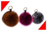 Pelliccia POM di fascino del sacchetto dell'anello portachiavi della sfera della pelliccia