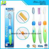 2018 Nuevo adulto de cerdas suaves de plástico de uso diario de cuidado bucal cepillo de dientes