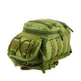 El ir de excursión que acampa del morral del bolso del hombro del senderismo militar táctico al aire libre del recorrido