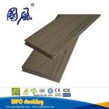 Decking en plastique en bois de solide du composé WPC de coextrusion de Druable de bonne qualité