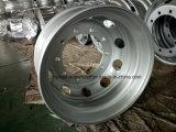 高品質の鋼鉄車輪はタイヤ11r22.5のための22.5X8.25に縁を付ける
