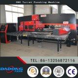 Máquina de la prensa de sacador de la torreta del CNC D-HP30 de la fábrica de China para los orificios