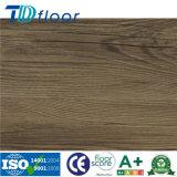 Lvt Tuiles de vinyle de luxe Motif de décoration en bois un revêtement de sol en vinyle PVC