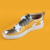 Loafer золота звезды PU нового прибытия кожаный ягнится плоские ботинки