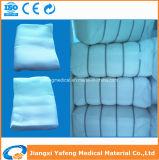 綿のジグザグ形のガーゼロールのヘルスケアの供給