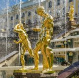Jardin extérieur statue Sculptures en bronze plaqué or sur le Grand