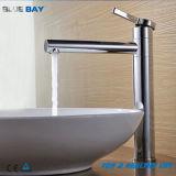 Haute qualité en laiton à poignée unique salle de bains Faucet appuyez sur