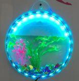 創造的で、魅力的で、すばらしい壁に取り付けられた魚飼育用の水槽!