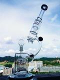 4개의 까만 로켓트 여과자 유리제 연기가 나는 수관을%s 가진 현미경