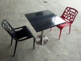 Стулы таблицы трактира мрамора конструкции итальянки самые последние