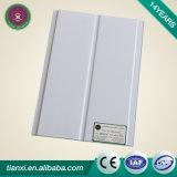 Panneaux en plastique en gros carrés de tuile de plafond de PVC de panneau de particules de Yangzhou