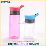 Бутылки воды самого лучшего отборного различного размера по-разному ясные пластичные