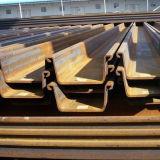 Palplanches en acier utilisés dans la route, River, Pond