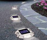 Marqueur de la chaussée le goujon de la route d'aluminium solaire réfléchissante