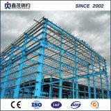 Structure en acier haute résistance fabriqués maison préfabriquée avec panneau sandwich.