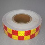 反射安全テープを示す2.5cm自己接着黄色および赤いの矢