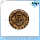 Il metallo il distintivo antico di Pin del risvolto dell'aquila di arte della pressofusione 3D