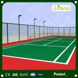 Het gekleurde Kunstmatige Gras die van het Tennis van het Gazon Groen Tapijt zetten