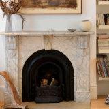 Mensola del camino di marmo bianca del camino con il reticolo floreale T-7206