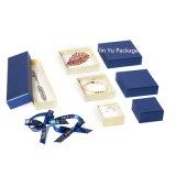青いギフトの宝石類リボンの弓との包装ボックス箱の製造
