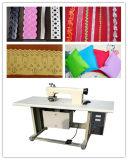 A máquina de costura sem emenda do laço ultra-sônico para a fatura de laço não tecida das telas e Sewing, Ce aprovou