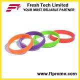 Wristbands impressi promozionali del silicone con il vostro marchio