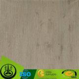 Modernes dekoratives Papier mit hölzernem Korn für Fußboden