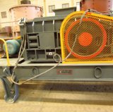 15-40tph Crouser Gravel Crudier à rouleaux hydrauliques Rock Crushing Equipment