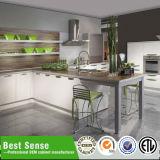 光沢度の高い現代MDFによって終えられる台所デザインキャビネット