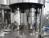 Завершите завод фабрики воды заполняя начиная машины проекта