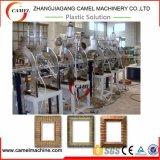 Schaumkunststoff-Foto-Rahmen PS-Belüftung-WPC, der Maschine herstellt