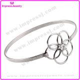 Bracelet à manchette à cristaux creux à la main Bracelet à enveloppe métallique simple