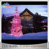 球が付いている装飾的なつけられた大きい人工的な屋外3Dクリスマスツリー