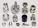 Selbstersatzteile stempelten durch CNC-maschinell bearbeitenteile
