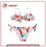 Het hete Verkopen drukte het Gespleten Tweedelige Zwempak van de Bikini van de Riem Halter van de Bloem Sexy af
