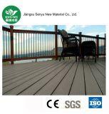 Decking en plastique en bois extérieur du matériau de construction WPC pour le plancher