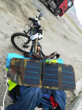 13W 2A imprägniern bewegliche Solaraufladeeinheit für jeden möglichen Handy