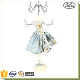 ホーム装飾の優雅な女の子の人形の整形樹脂の金属の宝石類の表示棚