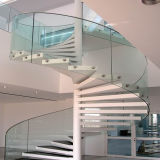Forja escalera de caracol de madera para interiores