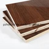 أنواع مختلفة من خشب رقائقيّ تجاريّة