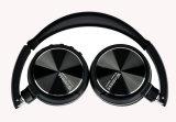 Écouteur sans fil se pliant de cadeau coloré de type pour le media player portable