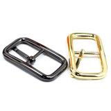 La boucle de courroie centrale en alliage de zinc de Pin de boucle de barre en métal chaud de vente pour le vêtement chausse les sacs à main (YK1130)