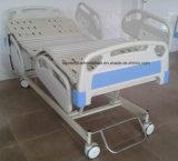 Medizinische Ausrüstungdeluxer abnehmbarer Headboard-justierbare seitliche Schiene, die elektrisches Krankenhaus-Bett faltet