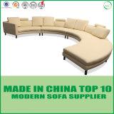 Modernes italienisches halbes rundes Form-Sofa des Kreis-Leder-S
